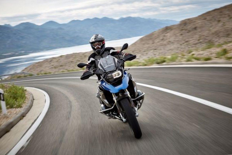 BMW Motorrad tem ação especial de vendas em novembro