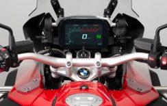 BMW 1200 GS e BMW R 1200 GS Adventure com inédito painel digital de alta resolução